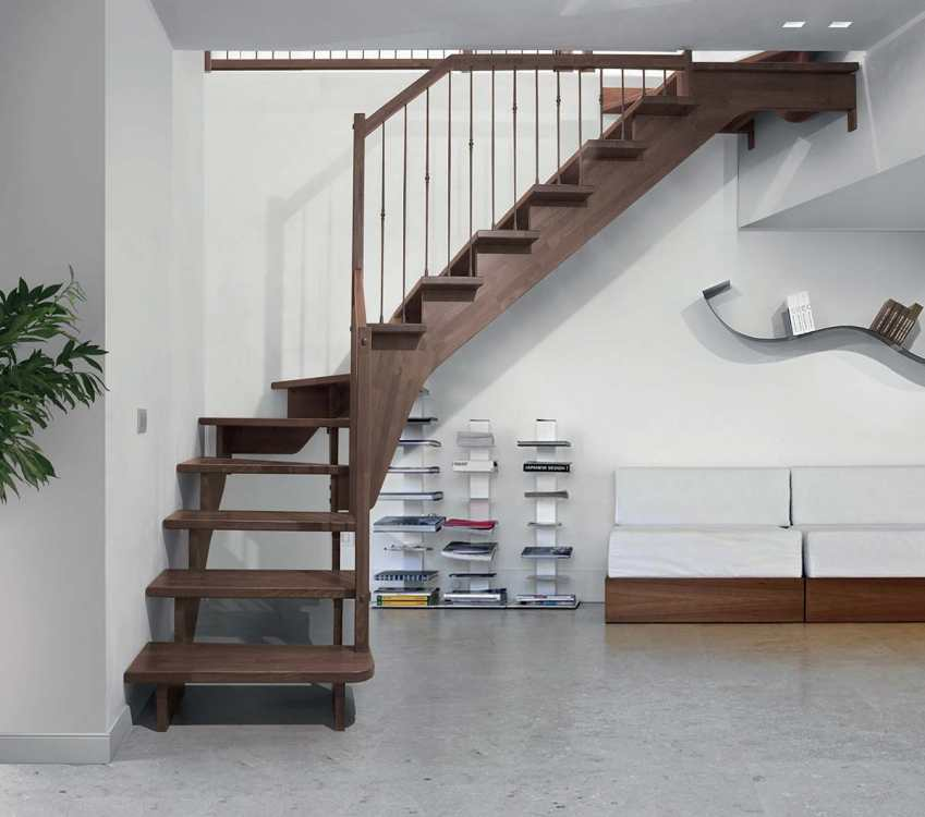 Realizzaziamo scale in legno in tutta italia contattaci for Scale milano