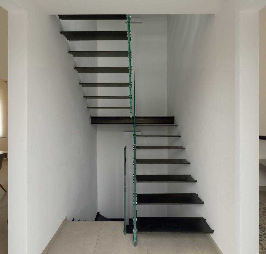 La scala a sbalzo che magia per la propria casa ecco perch sceglierla - Apertura solaio per scala interna ...